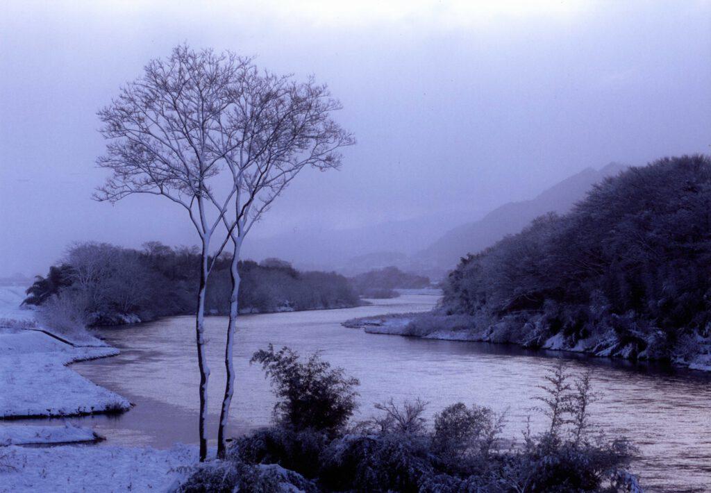 「雪の由良川