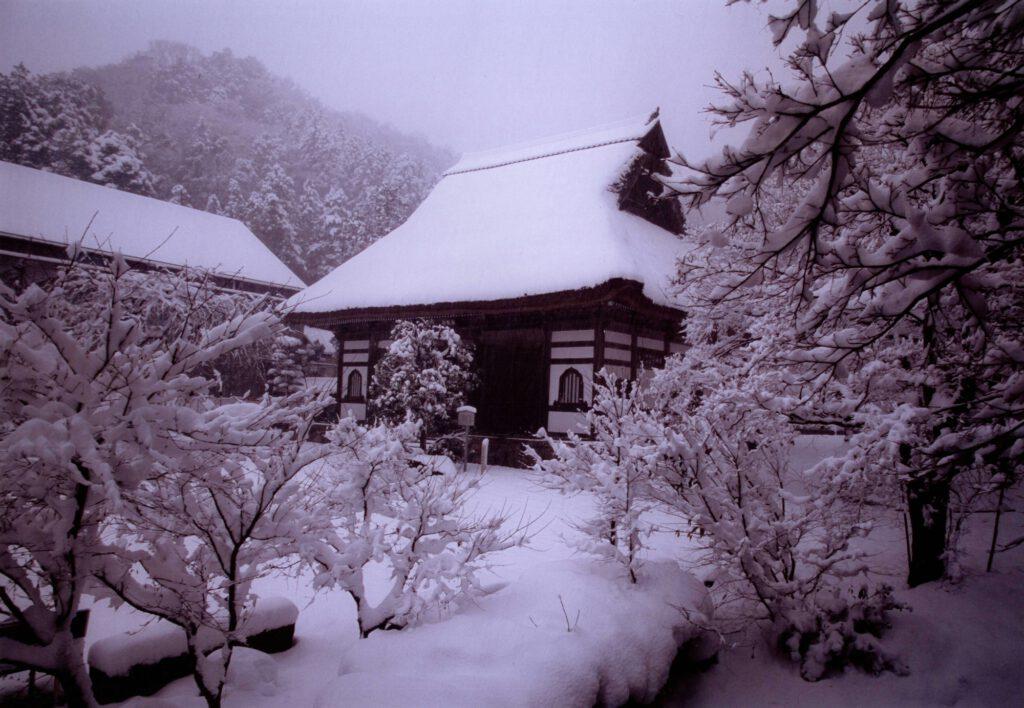 「安国寺雪景」