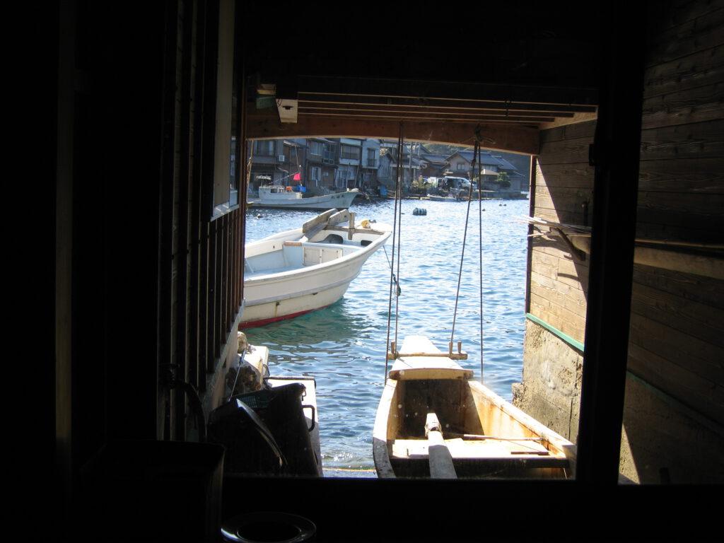 「舟屋の中からの風景」③