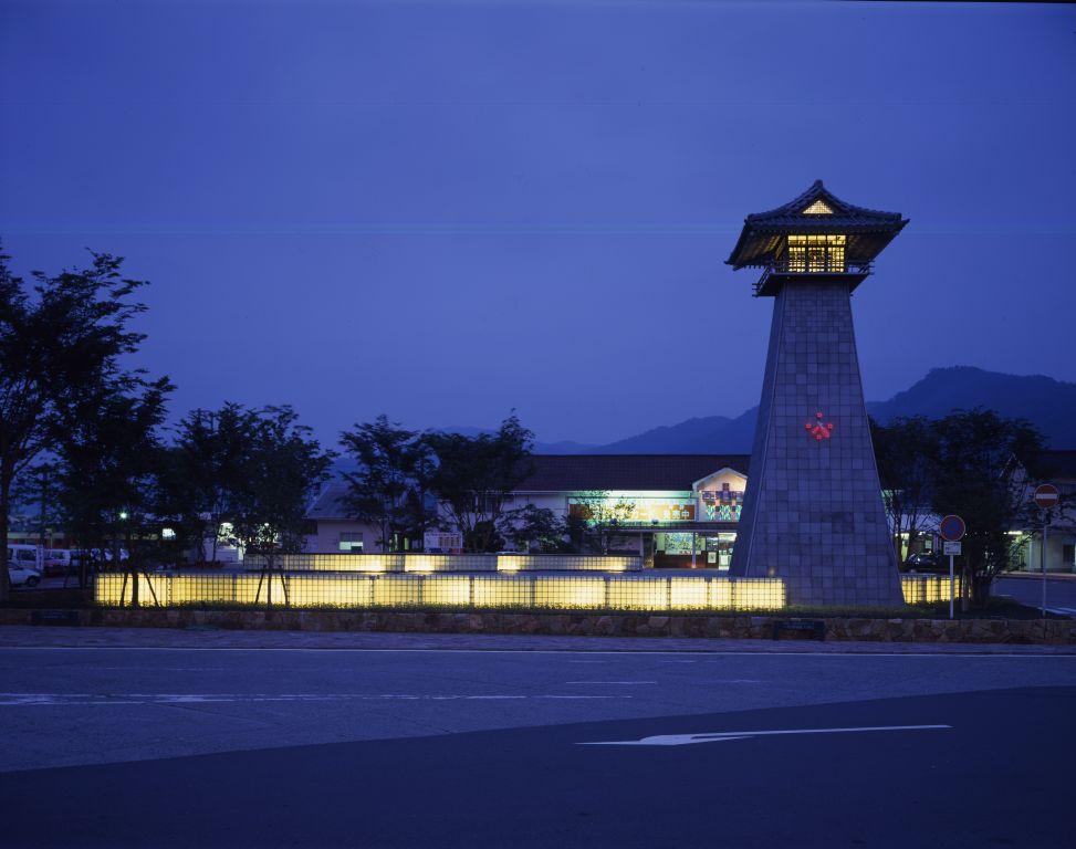 「西舞鶴駅の時計塔」