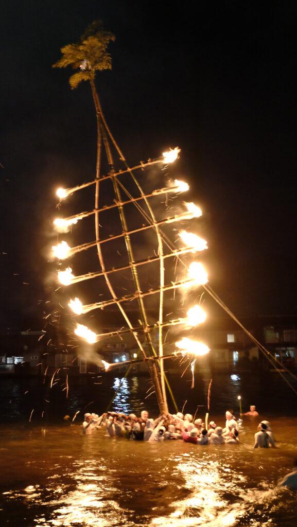 吉原の万灯籠(府登録文化財)