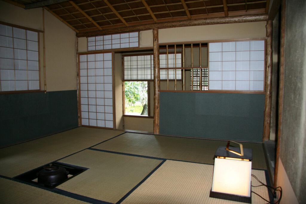 松花堂庭園:梅隠(内部)