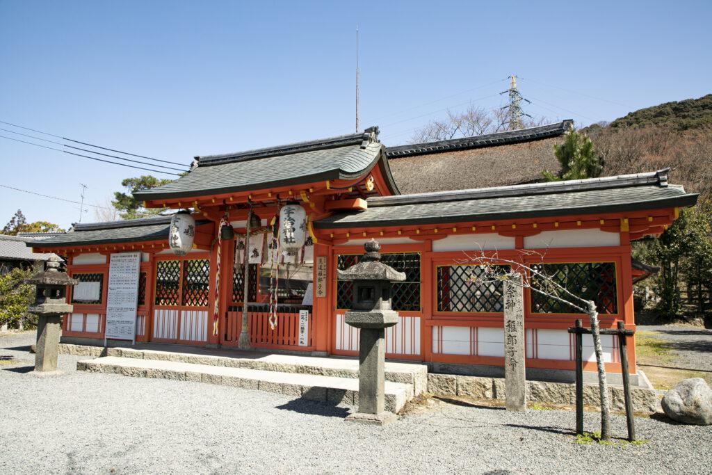 宇治神社1