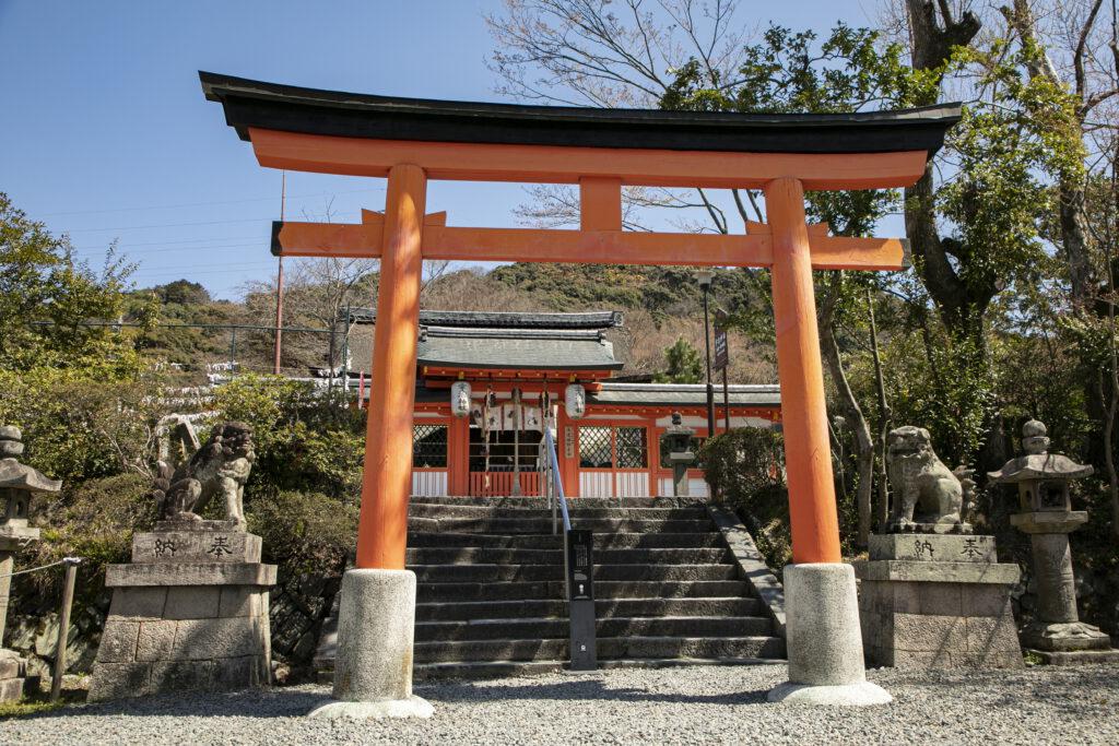 宇治神社2