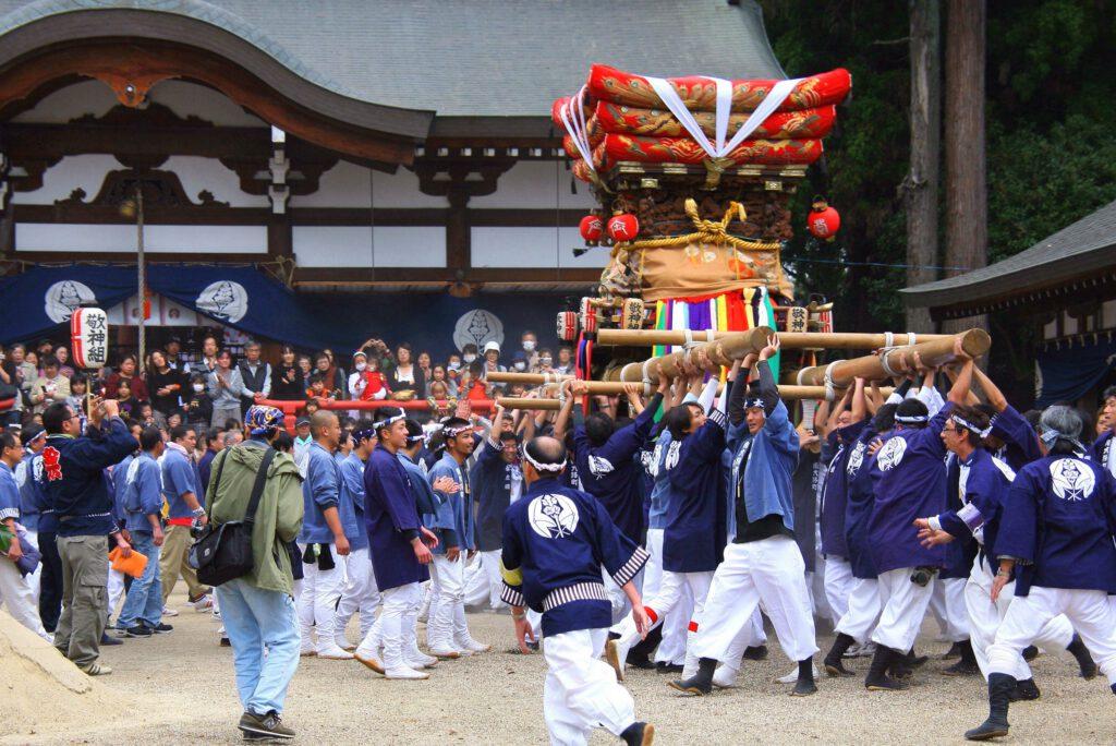 木津御輿祭:岡田国神社